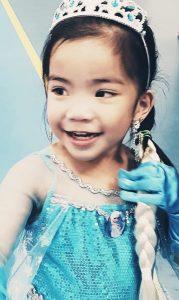 Arya as Elsa